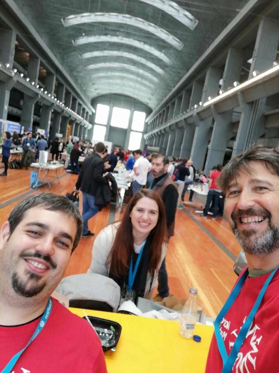 Raúl, Mónica y JuanMa a la hora de comer #WCMAD